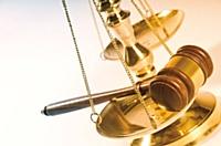 Les experts-comptables et les avocats franciliens s'élèvent contre l'exercice illégal de leurs professions