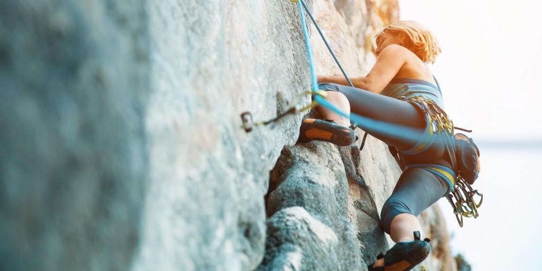 Comment faire face au mur de la dette ?