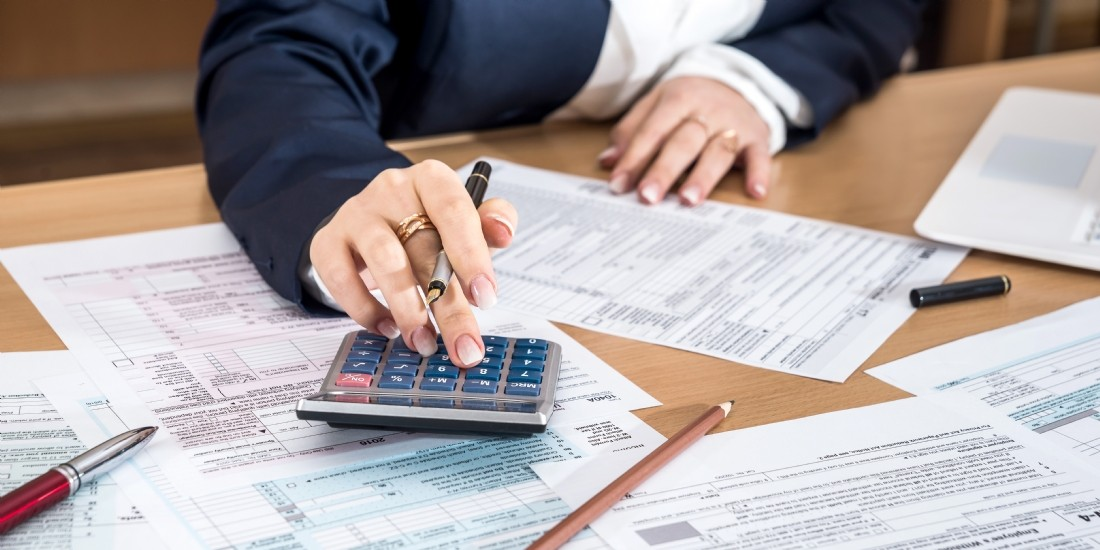 Détenir, céder ou abandonner un compte courant : le point sur la fiscalité