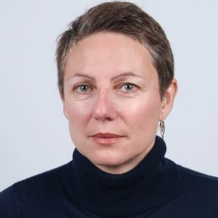 "Sandra Utrera, Daf de l'American Hospital of Paris : ""Avec le DSIO, nous avons établi un schéma directeur du SI""   Dossi..."
